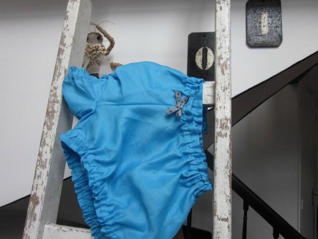Culotte BIANCA en lin turquoise - noeud bleu à étoiles (2)