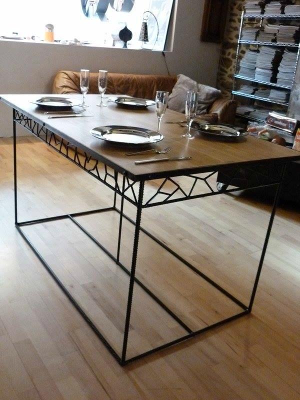 Petite table pour Jerome 140 x 80 plateau chêne vernis naturel