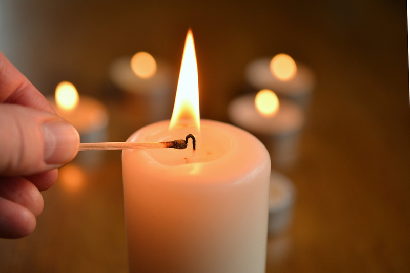 candle-17506401280