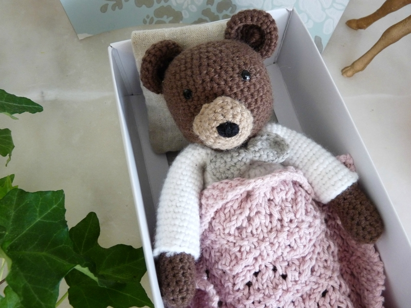 ours crochet05