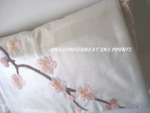 pochette cerisier details broderie 3