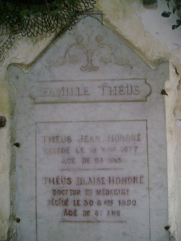 88 - Caveau de la famille Theüs