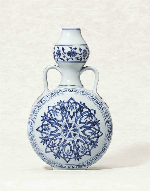 An important and rare blue and white moonflask,bianping, Xuande six-character mark in a line and of the period (1426-1435)