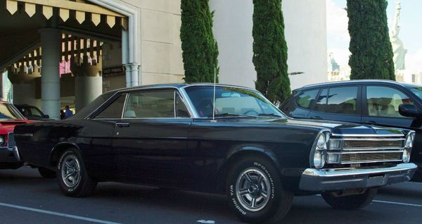 Olds 4-4-2 & Galaxie 500 last day in vegas! 3