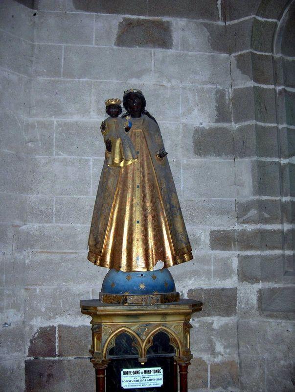 Le Mont Saint Michel, Statue de Notre Dame du Mont Tombe