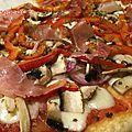 Pizza au speck,poivrons et champignons ou pizza diy- les recettes de enzo