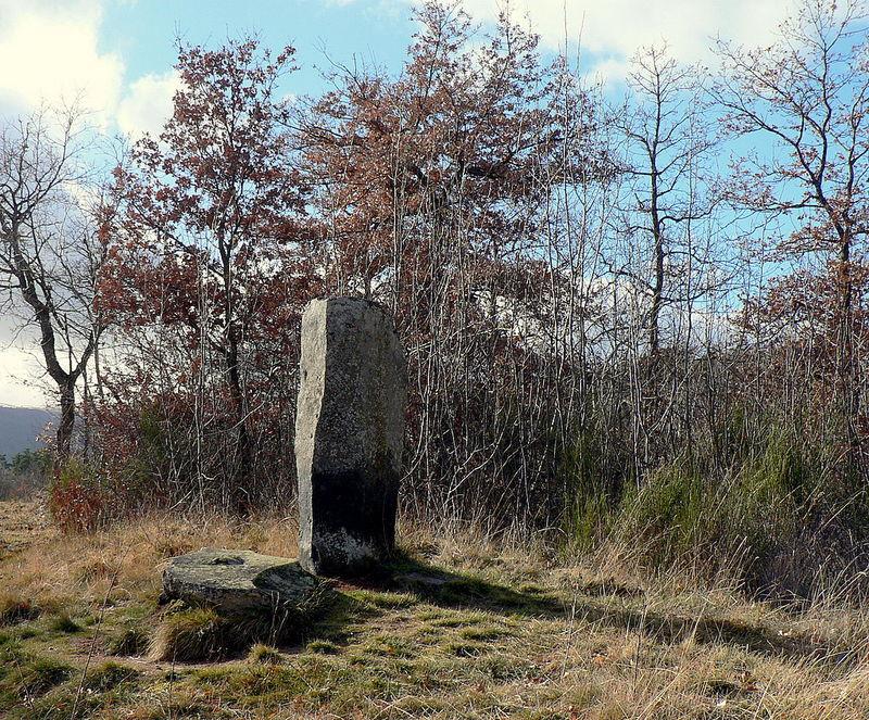 menhir de la croix Saint-Roch