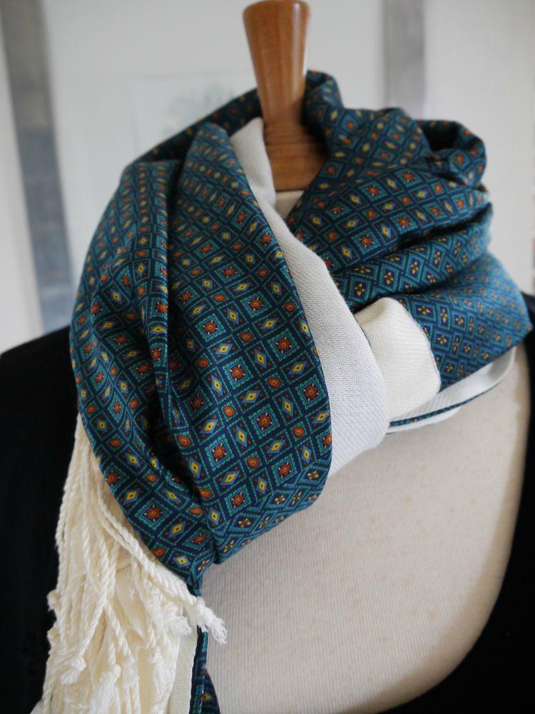 Foulard, cheche, écharpe pour homme motif vintage, double face pashmina et  soie vert UNIQUE 854252c2646