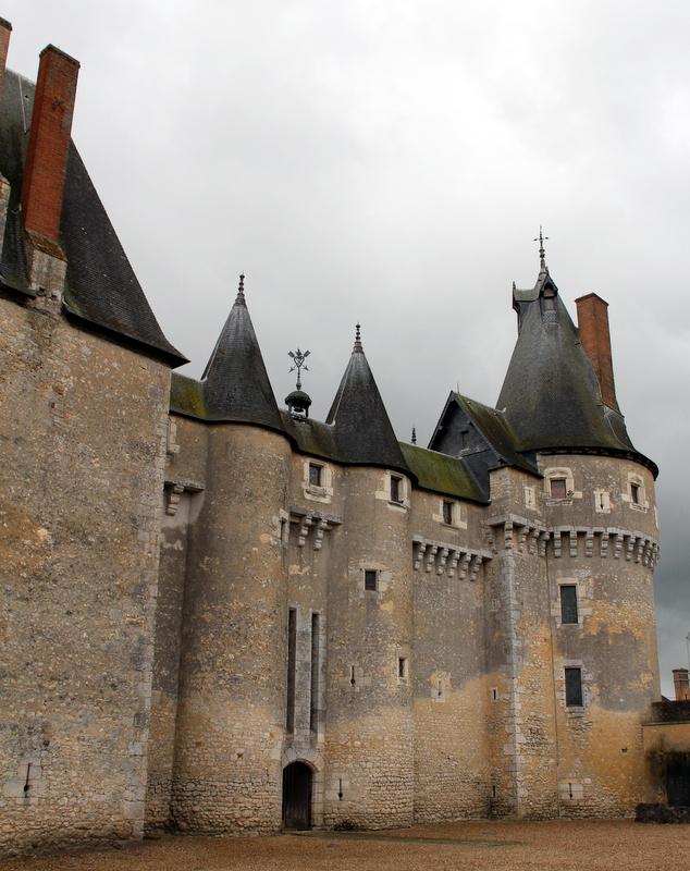 le château de Fougères-sur-Bièvre