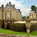 Colloque de cerisy sur l'architecture en normandie aux xviie et xviiie siècles: tout n'a pas été détruit après 1789 ou 1944!