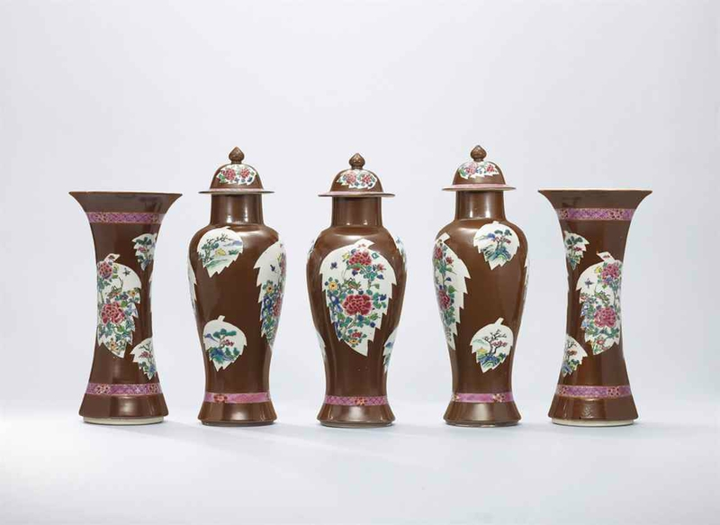 A set of fivecafe-au-laitgroundfamille rosegarniture, Qing dynasty, 18th century