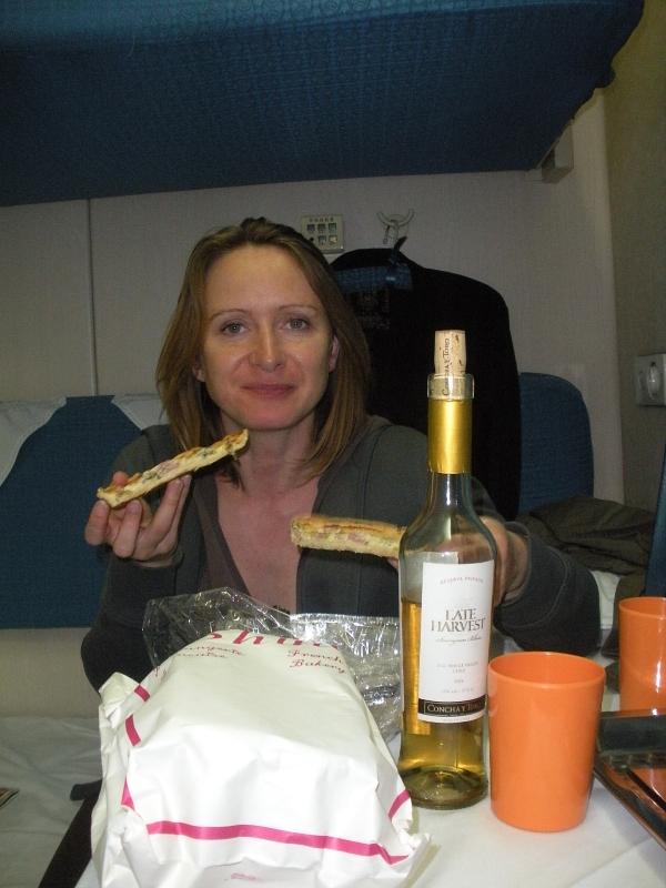 Chili et Lorraine sont dans un train.