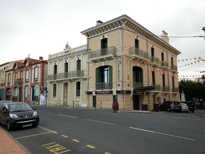 Villa There facade renovée