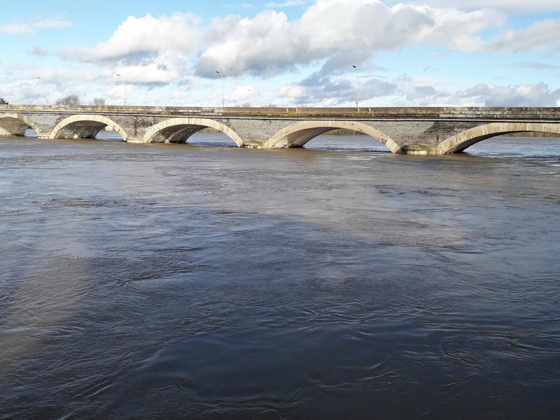 Le pont Dumnacus depuis l'autre rive