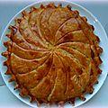 Pithiviers feuilleté ou galette des rois à la crème d'amandes
