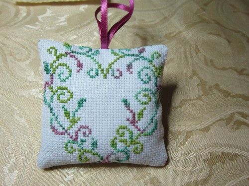 mchristinen°3 coussin coeur