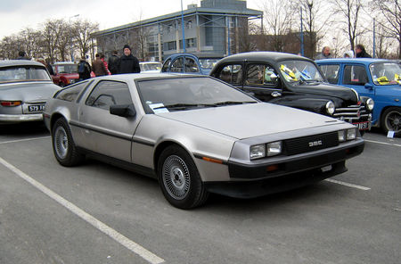 De_Lorean_dmc_12__23_me_Salon_Champenois_du_v_hicule_de_collection__01